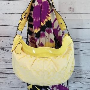 Coach pleated yellow Jacquard/patent leather hobo